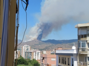 The blaze in the hills above Málaga caused a Level One alert