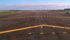 The runway at Málaga airport, where the close encounter between the two planes happened