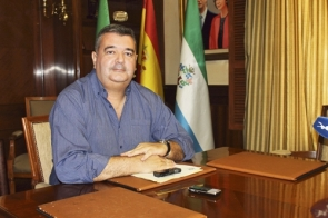 Mario Bravo has asked for collaboration from residents in providing municipal workers their data