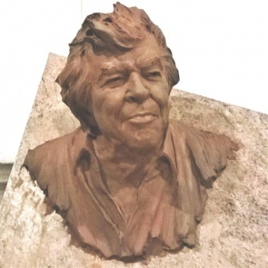 bust of Eddie Fowlie to be erected in Carboneras