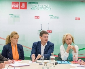 Teruel (centre) is accused of dipping into public funds