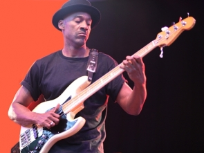 Marcus Miller will take the stage at Finca el Portón on May 24
