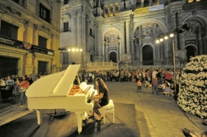 Music in the streets during a previous edition of the event