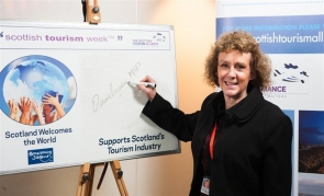 Labour MSP Elaine Murray argued for the right of expat Scots to have voting rights