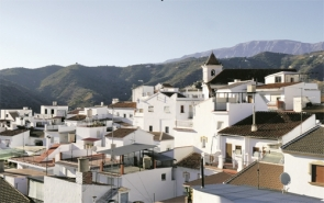 Sayalonga (pictured) along with Arenas and Canillas de Albaida say that, working together with the Diputación de Málaga, they have solved their problem and can stop the water cuts