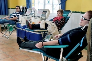 Anyone who lived a year or more in the UK from 1980 to 1996 cannot donate blood (Photo: CDSN)