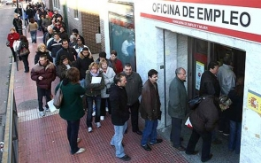 Almería's dole queues swelled once again during the third quarter