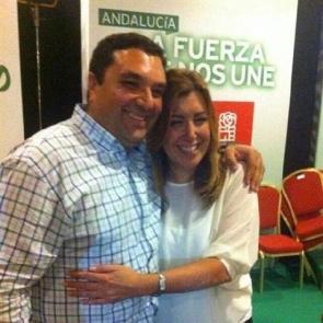 Sr Cerrillo together with the president of the Junta de Andalucía, Susana Díaz