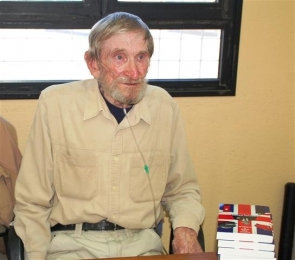 A frail-looking Goody at last week's book signing