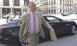 Britain's Ambassador to Spain, Simon Manley, arriving at the Spanish Ministry of Foreign Affairs in Madrid last week