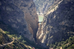 The train track at left runs through the El Chorro zone