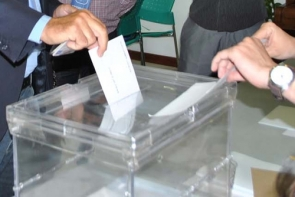 Expats urged to vote