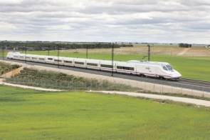 AVE trains will travel from Barcelona to Paris in under six and a half hours