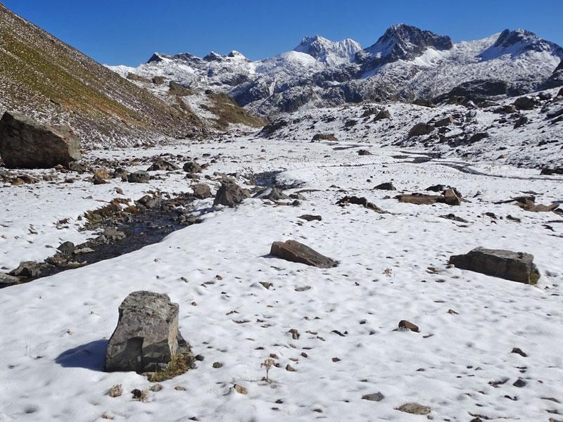2211costa_walkautumn-snow